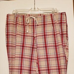 🎀 Plaid stretch capri pants size 19